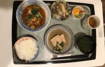 晩御飯に出た入院食